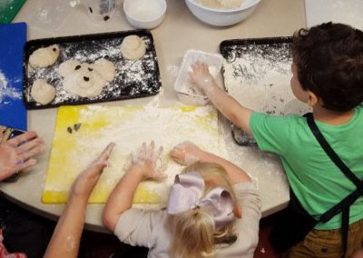 Baking with the Little Acorns family group